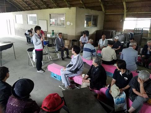 自民党大樹支部野遊会の中川郁子(ゆうこ)写真