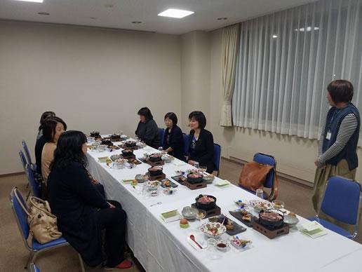 士幌後援会女性部の皆様と懇親会の中川郁子(ゆうこ)写真