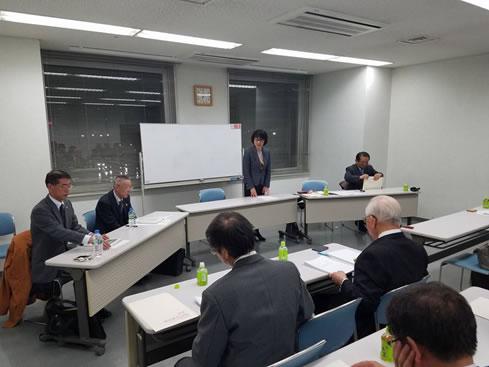 十勝の木材産業を活性化させる会の勉強会「台風被害木の現況と今後の課題について」の中川郁子(ゆうこ)写真