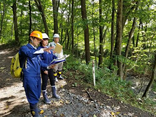 林野庁関係視察の中川郁子(ゆうこ)写真