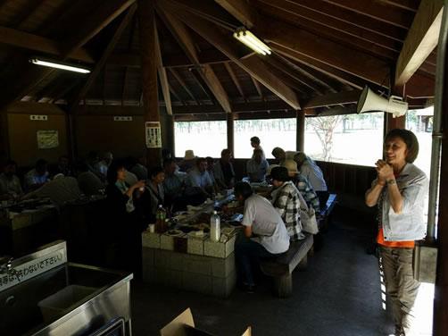 自民党女子職員研修会。池田後援会野遊会の中川郁子(ゆうこ)写真