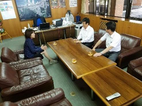 広尾町役場、大樹町役場、広尾漁協、大樹漁協、総合振興局の中川郁子(ゆうこ)写真
