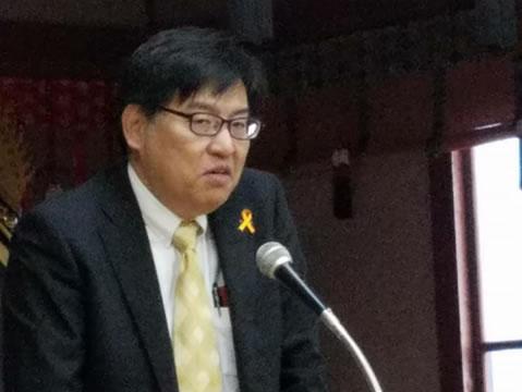 帯広児童相談所の赤坂所長の講演の中川郁子(ゆうこ)写真