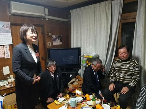 十三交睦町内会総会の中川郁子(ゆうこ)写真