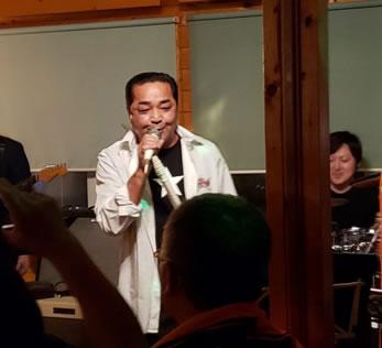 鹿追町のレストラン「カントリーパパ」で、カンパパライブ開催の中川郁子(ゆうこ)写真